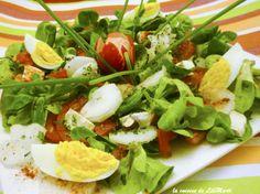 Salade méli-mélo mâche, radis, tomates, oeuf et chè Mets, Meal Planner, Caprese Salad, Buffet, Cooking, Kitchen, Recipes, Food, Sauces