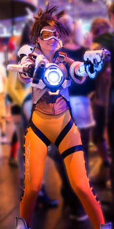 Tracer Cosplay costume Overwatch (23) – Cosplays