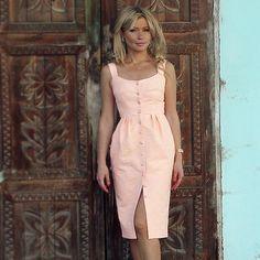 Feminine button-up sundress - For Women Only Day Dresses, Casual Dresses, Short Dresses, Fashion Dresses, Dresses For Work, Summer Dresses, Mode Outfits, Skirt Outfits, Dress Skirt