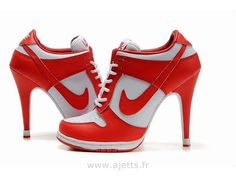 meet a1820 4deb2 Talons Nike Soulier, Chaussures Femme, Chaussures Nike, Chaussure A Talon  Blanche, Talon