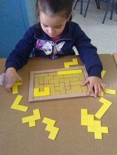 Preparazione alle attività di #matematica e #geometria sviluppando il pensiero ipotetico, la calma e la pazienza. Impara ad imparare. #sviluppocognitivo #feuerstein