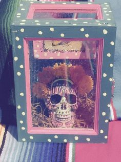 day of the dead dia de los muertos shrine niche decoration by Lovemyartfarm on Etsy https://www.etsy.com/listing/243157823/day-of-the-dead-dia-de-los-muertos