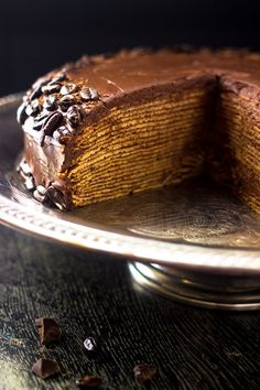 BAILEYS Chocolate Crepe Cake - A show-stopping dessert that is A LOT easier than. - Breakfast and Brunch - Best Cake Recipes Crepe Cake Chocolate, Chocolate Crepes, Chocolate Coffee, Chocolate Ganache, Magic Chocolate, Beignets, Best Cake Recipes, Dessert Recipes, Dessert Ideas
