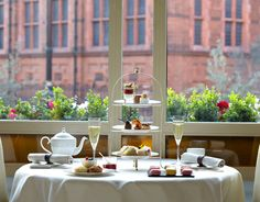 Travel like a Crawley: The Connaught Afternoon Tea