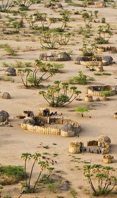 #Village near #Lokwakangole, #Kenya http://en.directrooms.com/hotels/country/4-136/