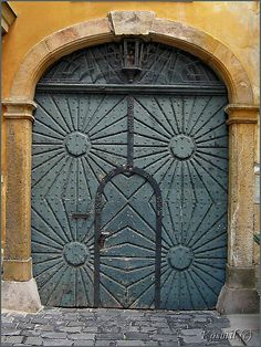 Just a Gate in Budapest Old Doors, Windows And Doors, Portal Art, Ancient Symbols, Grand Entrance, Beautiful Architecture, Doorway, Door Design, Hungary