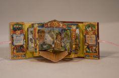 Alice In Wonderland miniature pop-up theatre book by Chapurreao ( Sara Álvarez ) 2.5 x 3.1cm #handmade_books #books  #miniature