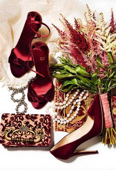 Marsala: Color of the Year 2015 Just Girly Things, Burgundy Wine, Burgundy Wedding, Burgundy Color, Color Red, Burberry Prorsum, Vogue, Jimmy Choo Shoes, Oxblood