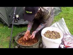 Particle Mix / Ground bait for Carp Fishing - Carp Bait Recipe What carp couldn't resist a high protein fruity seedy snack! Create this simple carp particle . Diy Fishing Bait, Fishing Lures, Fishing Stuff, Fly Fishing, Pike Fishing Tips, Catfish Bait, Freshwater Fish, Youtube, Food