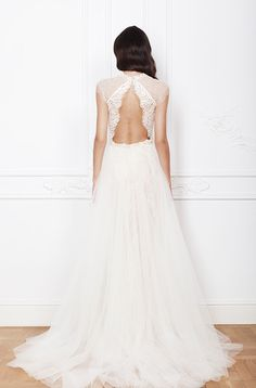 Isadora wedding dress from Divine Atelier wedding dresses 2016 - Beauitful open back wedding dress - see the rest of the collection on www.onefabday.com