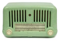 Radio, Stromberg-Carlson Ovaltone circa 1950, speckled green… - Radios - Entertainment Equipment - Carter's Price Guide to Antiques and Collectables