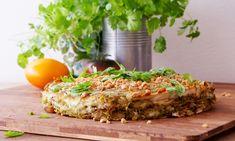 Spännande sätt att laga quesadilla med jordnötter, TZAY-strimlor och böngroddar.