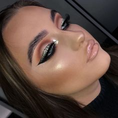 """7,856 Likes, 51 Comments - Plouise Makeup Academy (@plouise_makeup_academy) on Instagram: """"Our emails are back to back at the moment for course information therefore for an instant response…"""""""