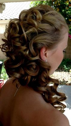 Prom Hair Style,would love this:)