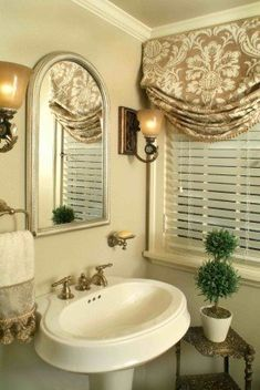 Love the window treatment - relaxed Roman Shade in gorgeous neutral fabric paired with faux wood blinds - looks great in this bathroom. Budget Blinds of Benton Small Window Curtains, Bathroom Window Curtains, Bathroom Window Treatments, Valance Window Treatments, Bathroom Windows, Custom Window Treatments, Small Windows, Window Valances, Wood Valance
