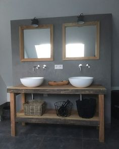 Badkamermeubel en spiegels op maat gemaakt Www. Diy Bathroom Vanity, Rustic Bathroom Vanities, Wooden Bathroom, Rustic Bathrooms, Bathroom Renos, Laundry In Bathroom, Bathroom Styling, Bathroom Interior, Master Bathroom