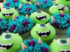 Monsters Inc - Monsters University Cake - Monsters Inc - Monsters University - Sulley & Mike Wazowski Cupcakes Monster Cupcakes, Monster University Cupcakes, Monsters Inc Cupcakes, Monster University Birthday, Monster Inc Cakes, Monster Birthday Parties, Deco Cupcake, Cupcake Wars, Monster Inc Party