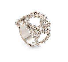 Anel de Ouro Nobre 18K com diamantes cognac Link:http://www.hstern.com.br/joias/p-produto/A1B202986/anel/jogo-de-cartas/anel-de-ouro-nobre-18k-com-diamantes-cognac