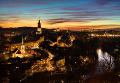 This picture, I have taken at a PhotoTour organized by www.lightsandbytes.com in Bern! It was good fun!!!! #beatdietsch Bern, Beautiful Sunset, Paris Skyline, Bring It On, Tours, City, Pictures, Photography, Travel