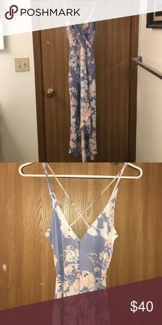 ASTR floral dress So beautiful! Worn once for a wedding. tie around the waist and it's high low with a slit in front. Very flattering Dresses High Low