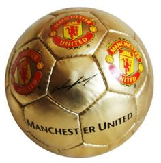 MANCHESTER UNITED GOLD SOCCER BALL (SIZE 5) by Manchester United, http://www.amazon.com/dp/B009ZH0P68/ref=cm_sw_r_pi_dp_S19Yqb0F4D2FE