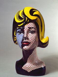 Roy Lichtenstein  pintor, artista gráfico y escultor nace en Nueva York en  una familia acomodada de origen judío alemán.   Era tímido, ca...