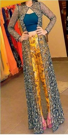 #PartyWearWesternDressOnline #DesignerWesternDressSale #WesternDressessOnlineIndia #StylishWesternDressSale Maharani Designer Boutique  To buy it click on this link :  http://maharanidesigner.com/?product=Latest-western-Dress-in-india Fabric - jacket (net)                Top and bottom (printed) Price Rs.5300 For any more information contact on WhatsApp or call 8699101094 Website www.maharanidesigner.com