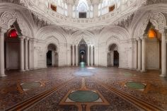 Castello di Sammezzano: The Sad Story of a Magnificent Castle Now Abandoned in Tuscany - See more at: http://www.italymagazine.com/news/castello-di-sammezzano-sad-story-magnificent-castle-now-abandoned-tuscany#sthash.zc7SacwK.OUCbZTo5.dpuf