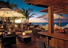 The Deck at Seven Stars is the perfect place to listen to live music and watch the sunset! Grab a chocolate monkey martini during Manager Mingle and have a blast!