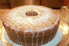 The Perfect 7Up Pound Cake from Scratch | Southern Love Pound Cake Icing, Pound Cake Glaze, 7up Pound Cake, Easy Pound Cake, Glaze For Cake, Sour Cream Pound Cake, Pound Cake Recipes, Pound Cakes, Perfect Pound Cake Recipe