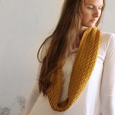 Make this pretty knit infinity scarf with Lion Brand Wool-Ease Chunky or NEW Wool-Ease Tonal!