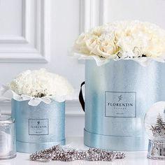 Зима отступает, а зимнее очарование и зимние скидки все еще радуют наших клиентов ❄️ При покупке букетов размера гранд в коробках из лимитированной зимней коллекции, вы получаете приятный комплимент в виде скидки 10% ✨ Добавьте красоты в эти морозные дни   #florentin #florentinproject #магиязимы_florentin