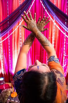 Mendhi | Photo by Wedding Documentary