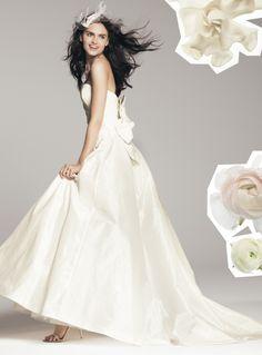 NOUVELLE Amsale bow-knot gown via @Nordstrom #wedding #wedding #weddingdress #dress