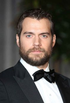Let's begin with Henry Cavill, because there are very few beards that are as majestic and manly as this.