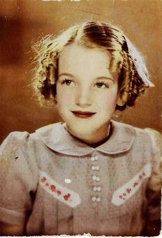 Marilyn Monroe as a young girl