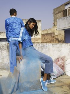 adidas Originals by Pharrell Williams: Hu Holi adicolor Collection Spring/Summer 2018 Pharrell Williams, Burberry Men, Gucci Men, Stan Smith, Adidas Originals, Nike Campaign, Holi, Viviane Sassen, Red Wing Boots