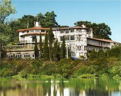 Fachada Vista do Lago Negro, Hotel Estalagem St Hubertus, Gramado, Brasil