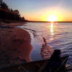 Fall in Michigan is the perfect time to unwind and enjoy a relaxing canoe ride over cool, fresh waters. This beautiful sunset from Whitefish Bay in the Upper Peninsula was shared by @singsinthetrees. Thanks for sharing! #PureMichigan #UpperPeninsula