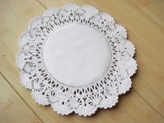"etc 11/"" Beautiful Satin Lace Edged Doilies idéal For Craft Wedding Favors 5"