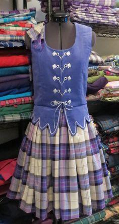 Aboyne with periwinkle vest #lochnagar #purple #tartan