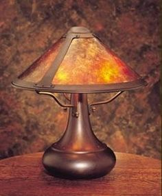 Arts Crafts Style Mica Lamp Co Onion Table