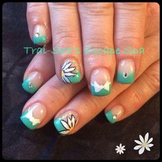 Daisies & Bows By Trai-Sea's Escape Spa