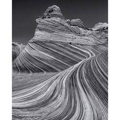 Black and white image of the Wave on the border of Arizona and Utah. Photo by @jonathan_irish Hotels-live.com via https://instagram.com/p/7Xk5xuIMcZ/
