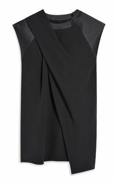 blusa estruturada preta