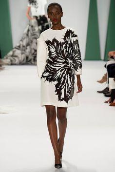 Carolina Herrera Spring 2015 Ready-to-Wear Fashion Show - Herieth Paul