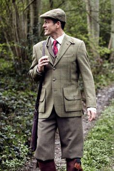 Nice mix of tweeds, Plus Fours and waistcoat matching with Contrasting Tweed Coat