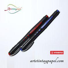 Bolígrafo Rollerball stabilo black punta fina en colores azul y rojo. Tinta líquida que hace que la escritura sea ligera y nos proporciona un desplazamiento sobre el papel de manera fina y suave.