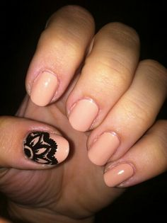 Vintage nails. except on the ring finger.