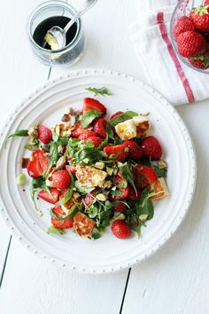 Strawberry and halloumi cheese salad with balsamic vinaigrette, by Fanni & Kaneli Healthy Eating Recipes, Raw Food Recipes, Halloumi Salad, Haloumi Cheese, Cheese Salad, Veggie Side Dishes, Easy Cooking, Food Inspiration, Food To Make